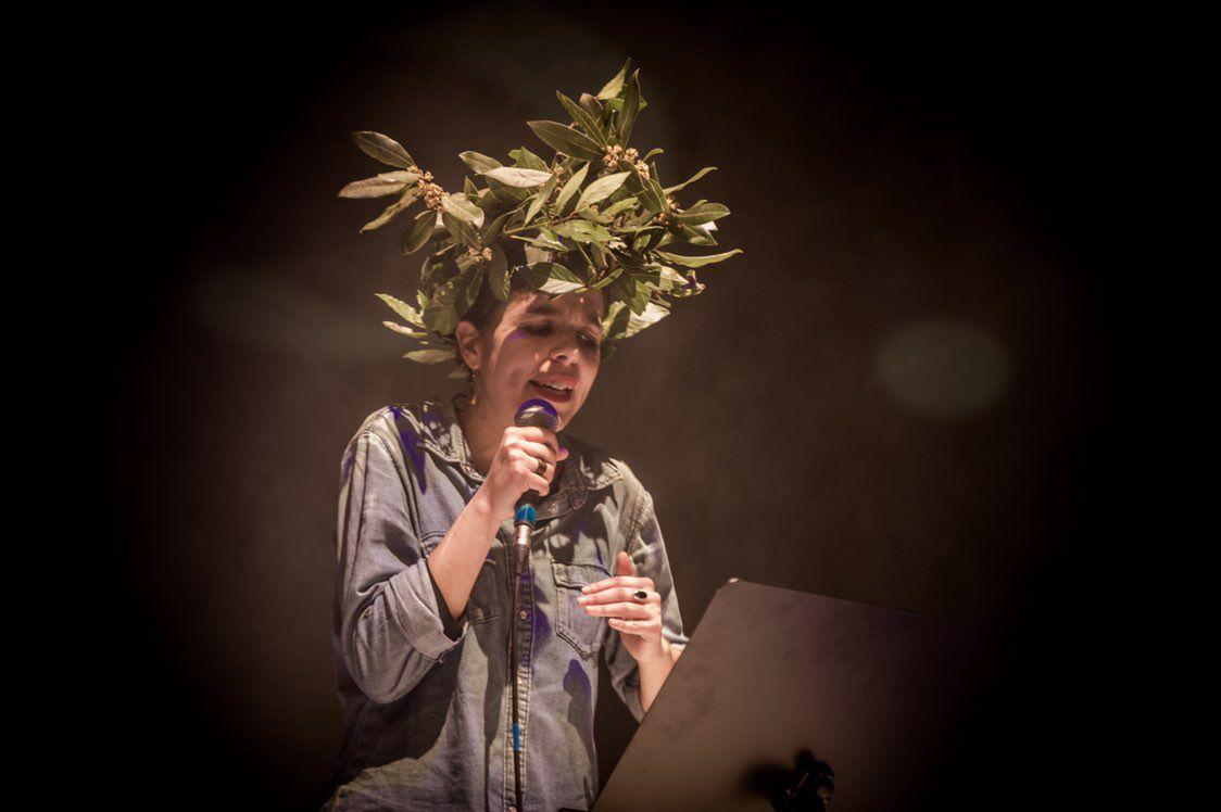 Carmen Conde, laureada tras o último round da slam poetry