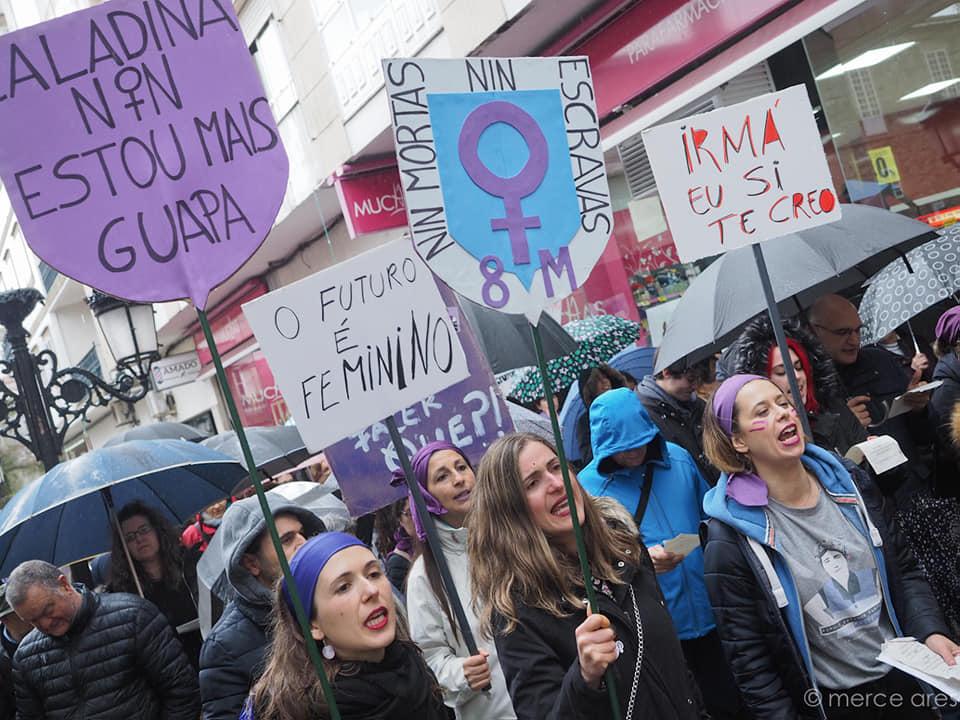 Manifestación feminista en Padrón