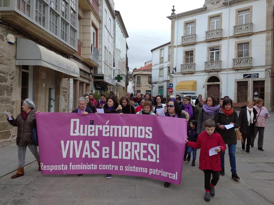 Manifestación feminista en Viana do Bolo, o 8M de 2020
