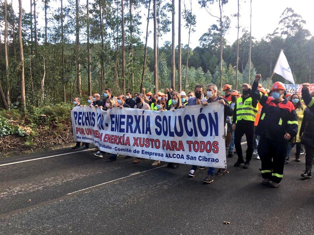Marcha do persoal de Alcoa en Xove o 27 de setembro de 2020