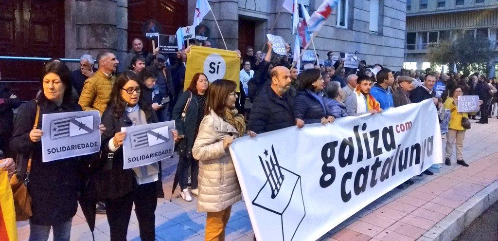 Mobilización de Galiza con Catalunya en Ourense CC-BY-NC-SA BNG