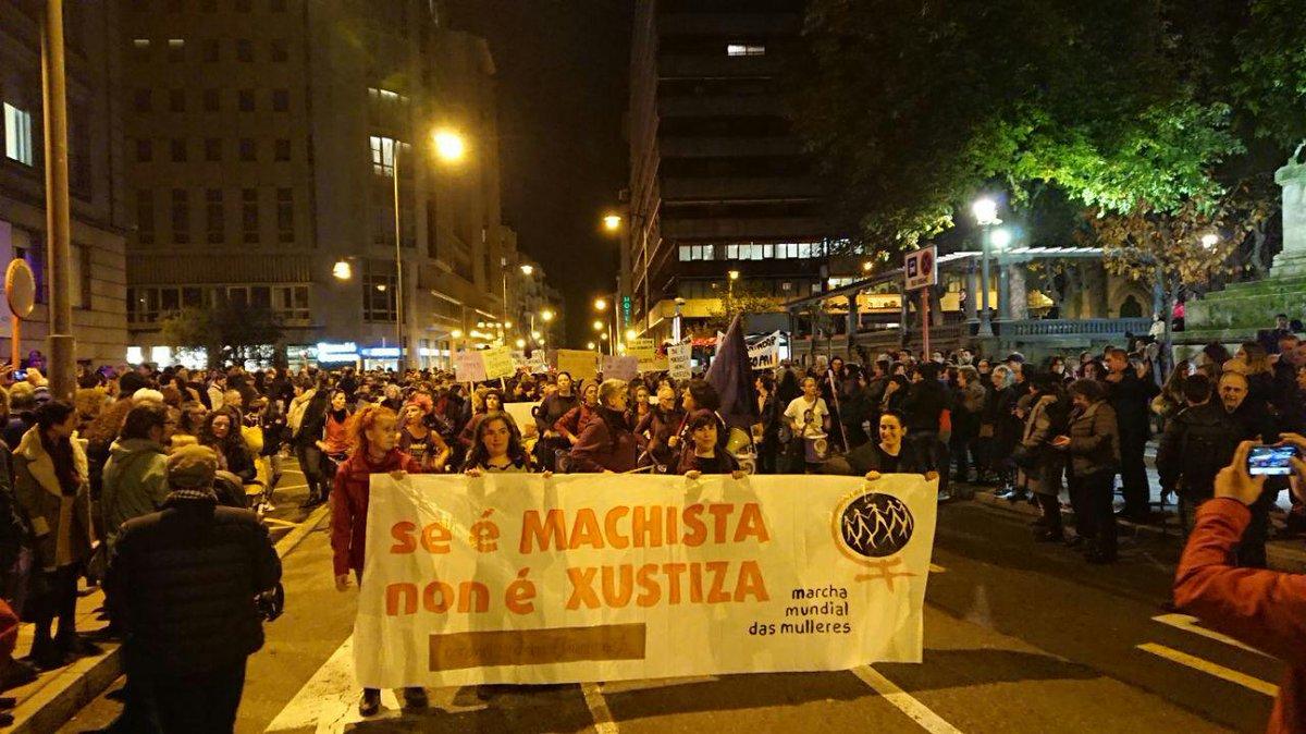 Vista da manifestación contra a violencia machista, en Ourense neste 25N do 2019   EM