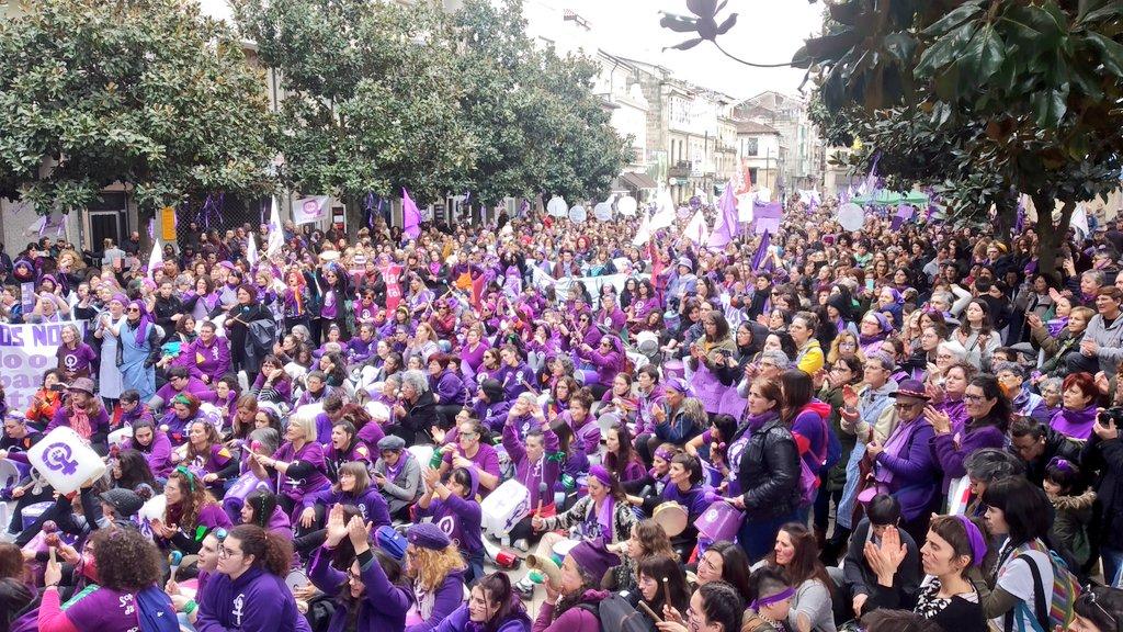 A manifestación, na Praza Maior