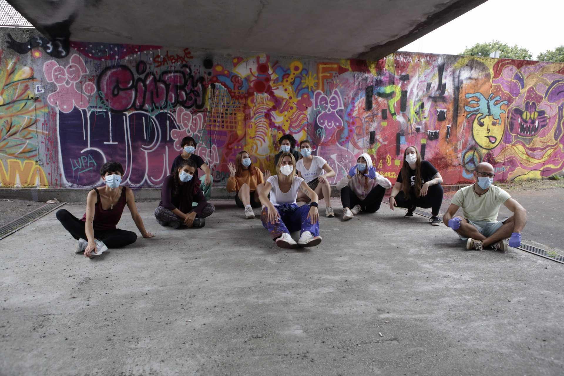 Foto de grupo das participantes no obradoiro de Lupita Hard no Delas Fest 2020 en Teo