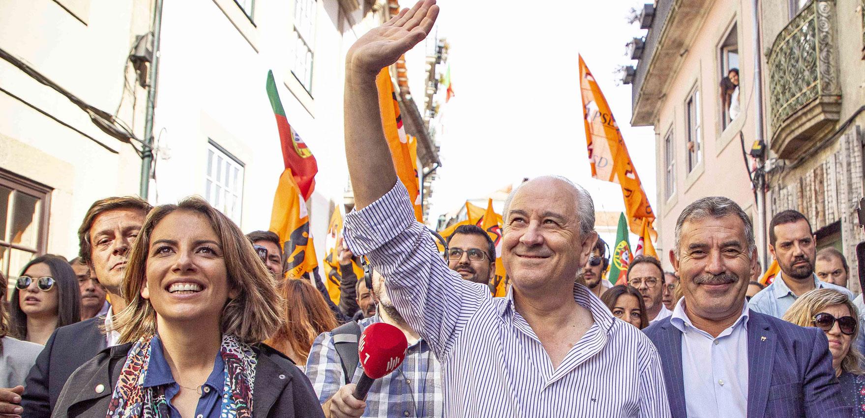 Paseo electoral de Rui Rio (PSD) en Aveiro