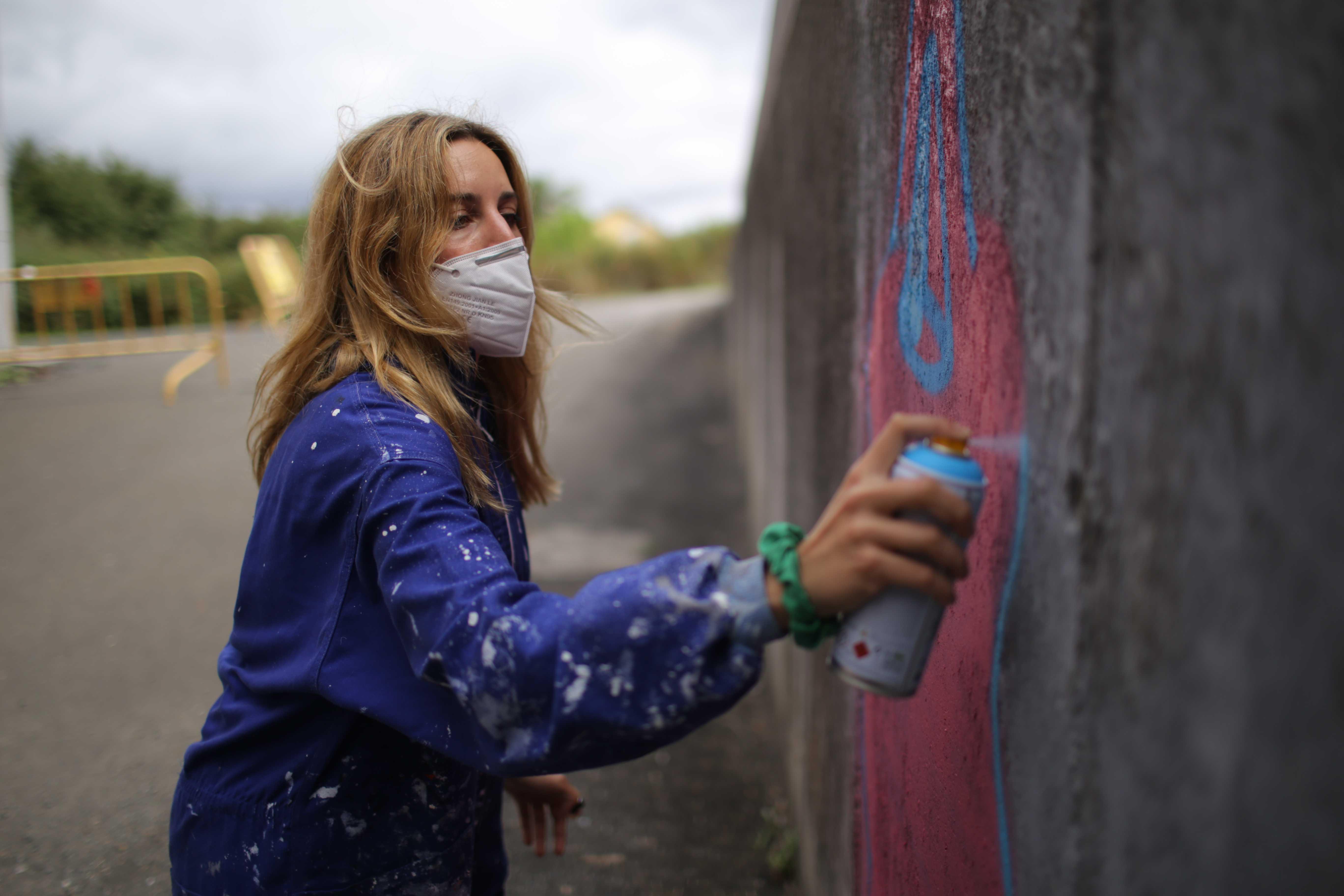 Lupita Hard no obradoiro 'Graffiti e protesta social' que impartiu no Delas Fest 2020