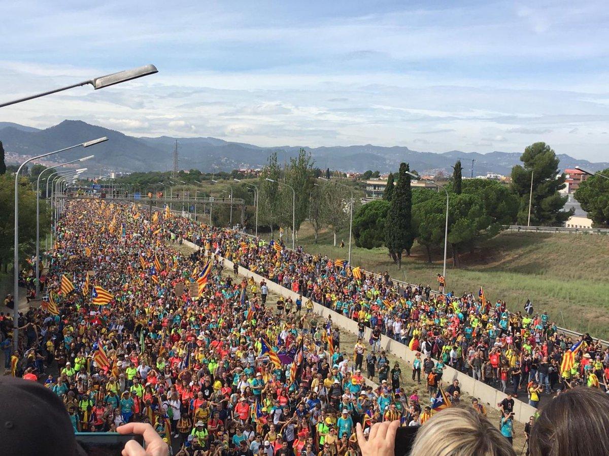 Unha das columnas das marchas da ANC e Òmnium CC BY-SA ANC