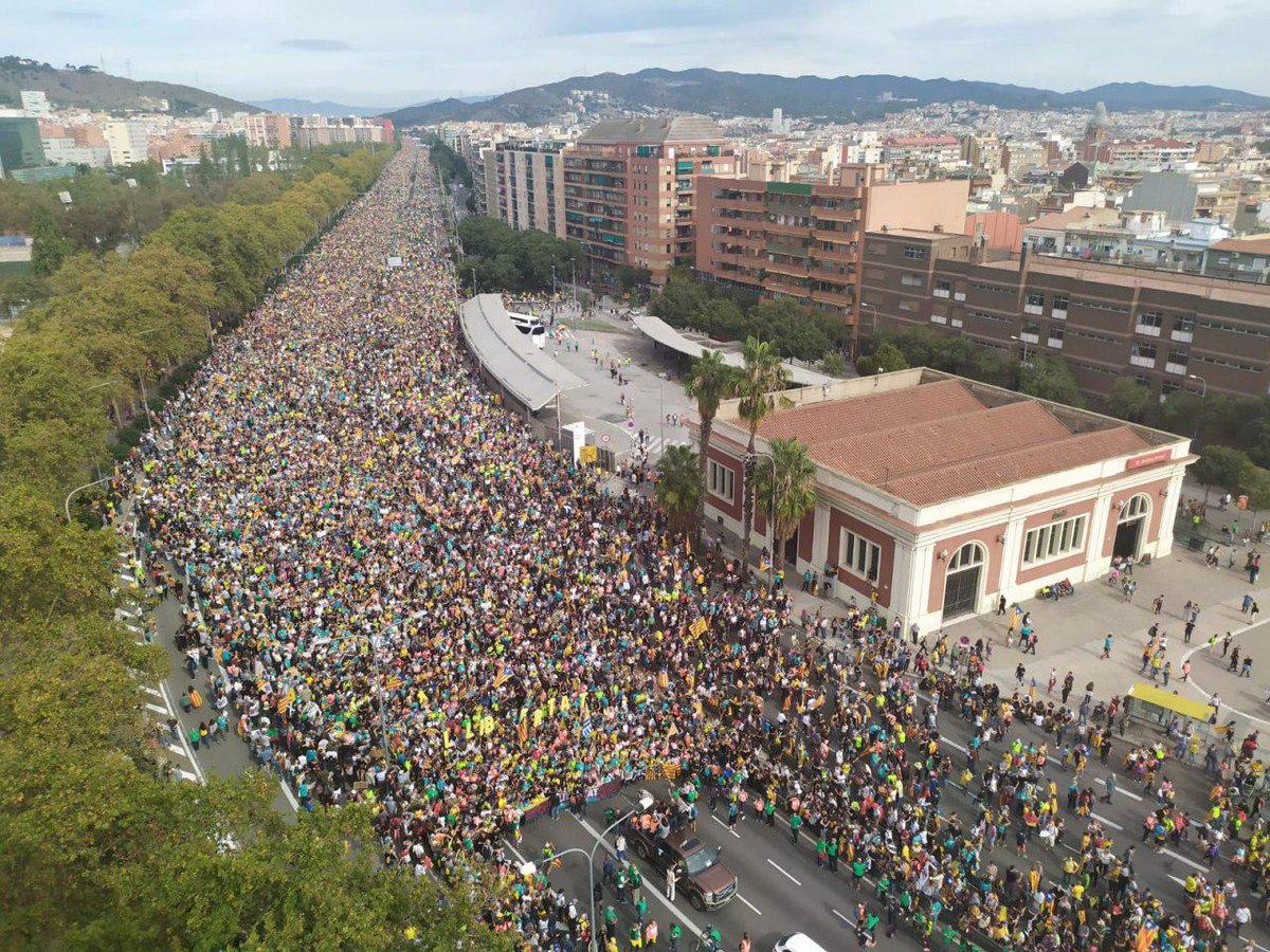 Chegada a Barcelona dunha das columnas das marchas da ANC e Òmnium CC BY-SA Sònia Calvó/eldiario.es