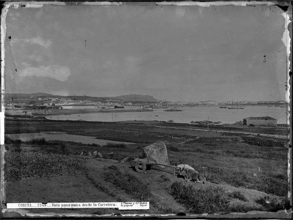 A Coruña, vista dende San Diego, a finais do século XIX, nunha fotografía de Jean Laurent