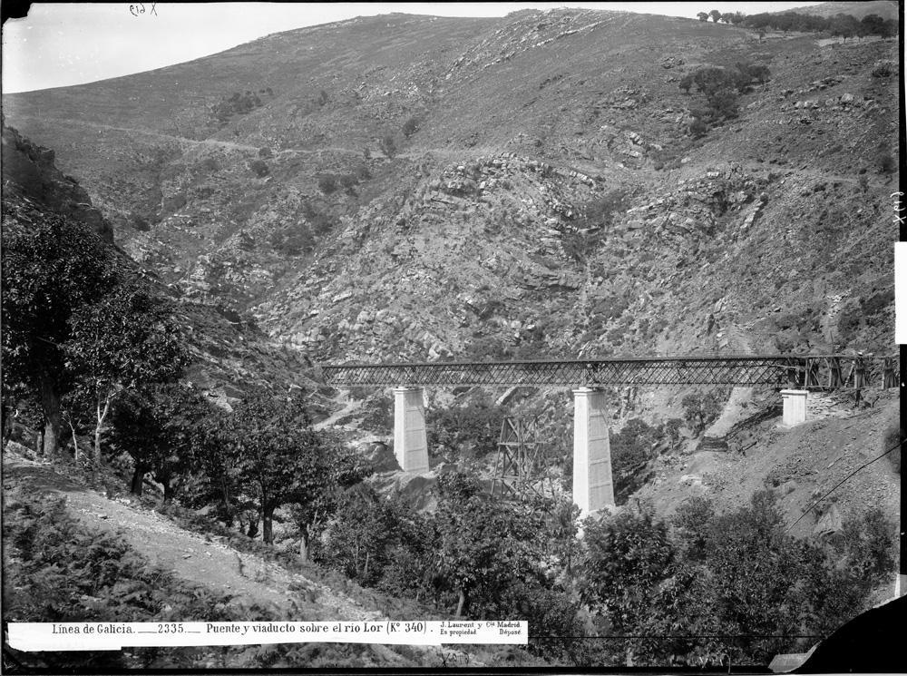 Ponte sobre o río Lor a finais do século XIX
