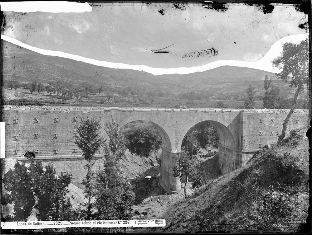 Ponte en Éntoma (Ourense) a finais do século XIX