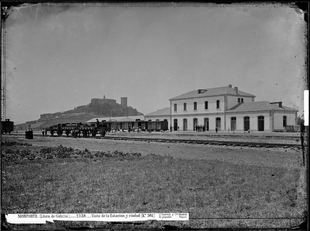 A estación de tren de Monforte a finais do século XIX