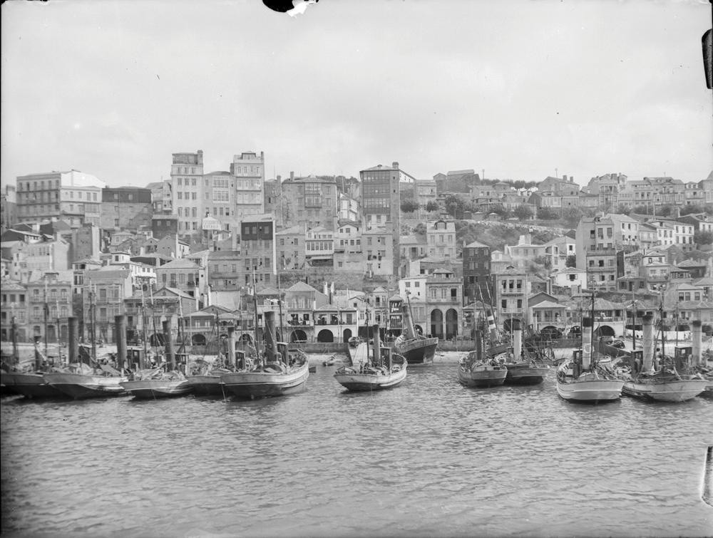 Vista do porto de Vigo. Arquivo de Otto Wunderlich