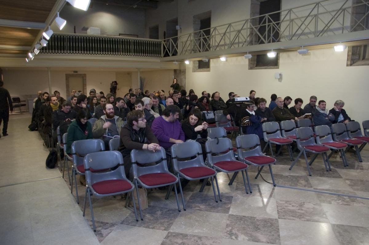 Os asistentes á presentación no Museo do Pobo Galego