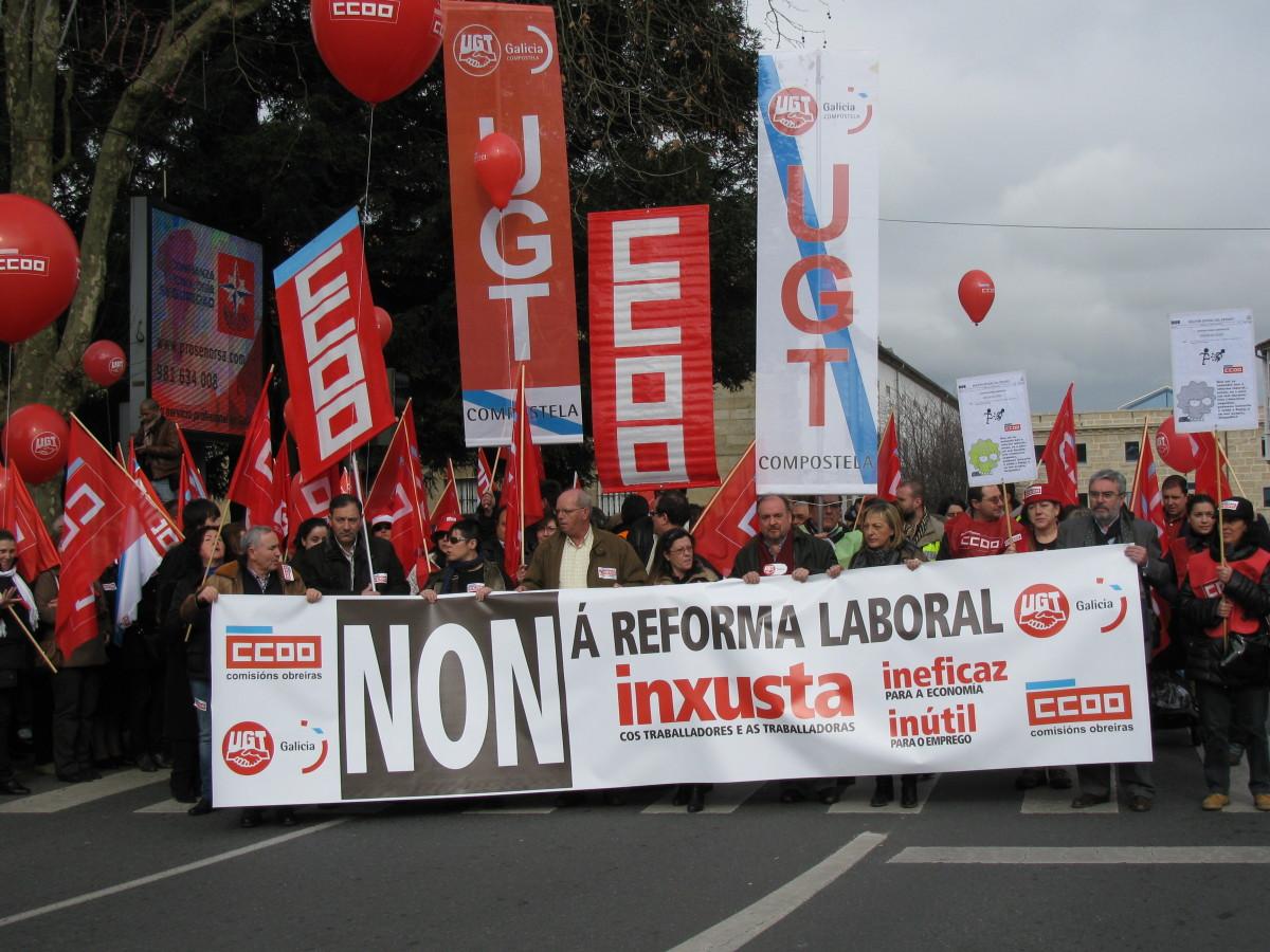 Manifestación contra a reforma laboral en Santiago