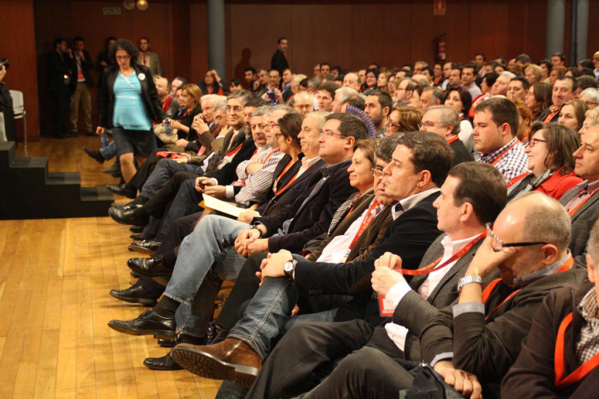 Dirixentes socialistas, no plenario dun Congreso