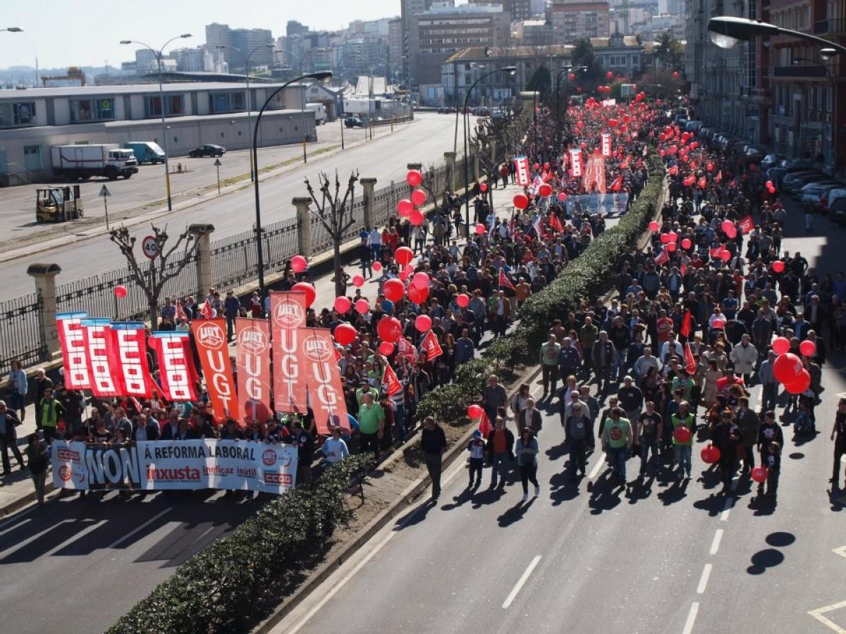 Manifestación de CC.OO. e UGT na Coruña