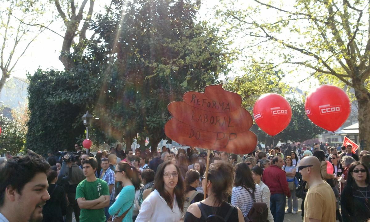 Pancarta artesanal en Compostela