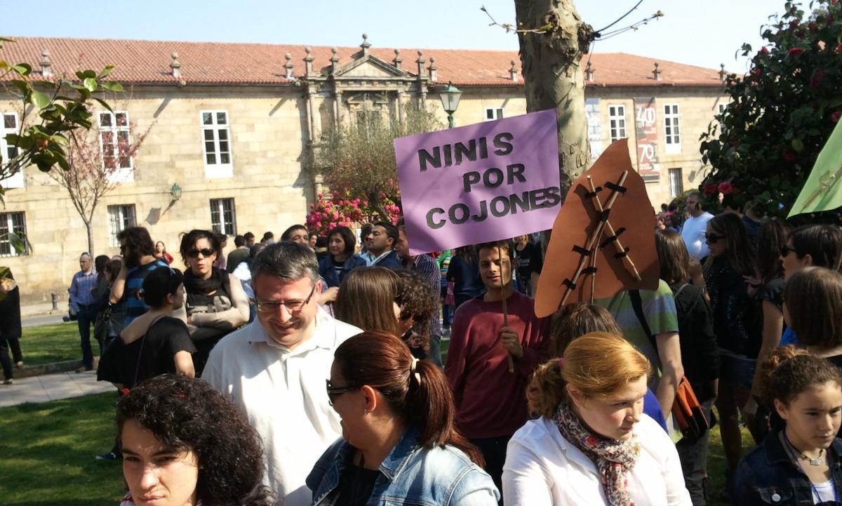 Mozos nunha manifestación en Santiago