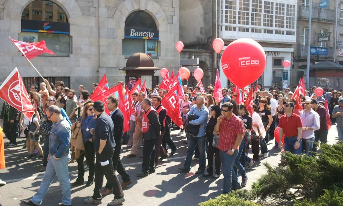 Manifestación por diante dunha entidade bancaria