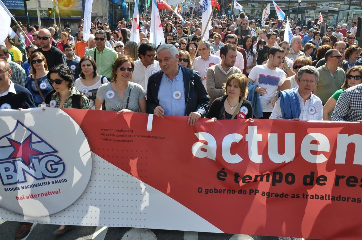 Guillerme Vázquez encabeza a comitiva do BNG en Vigo