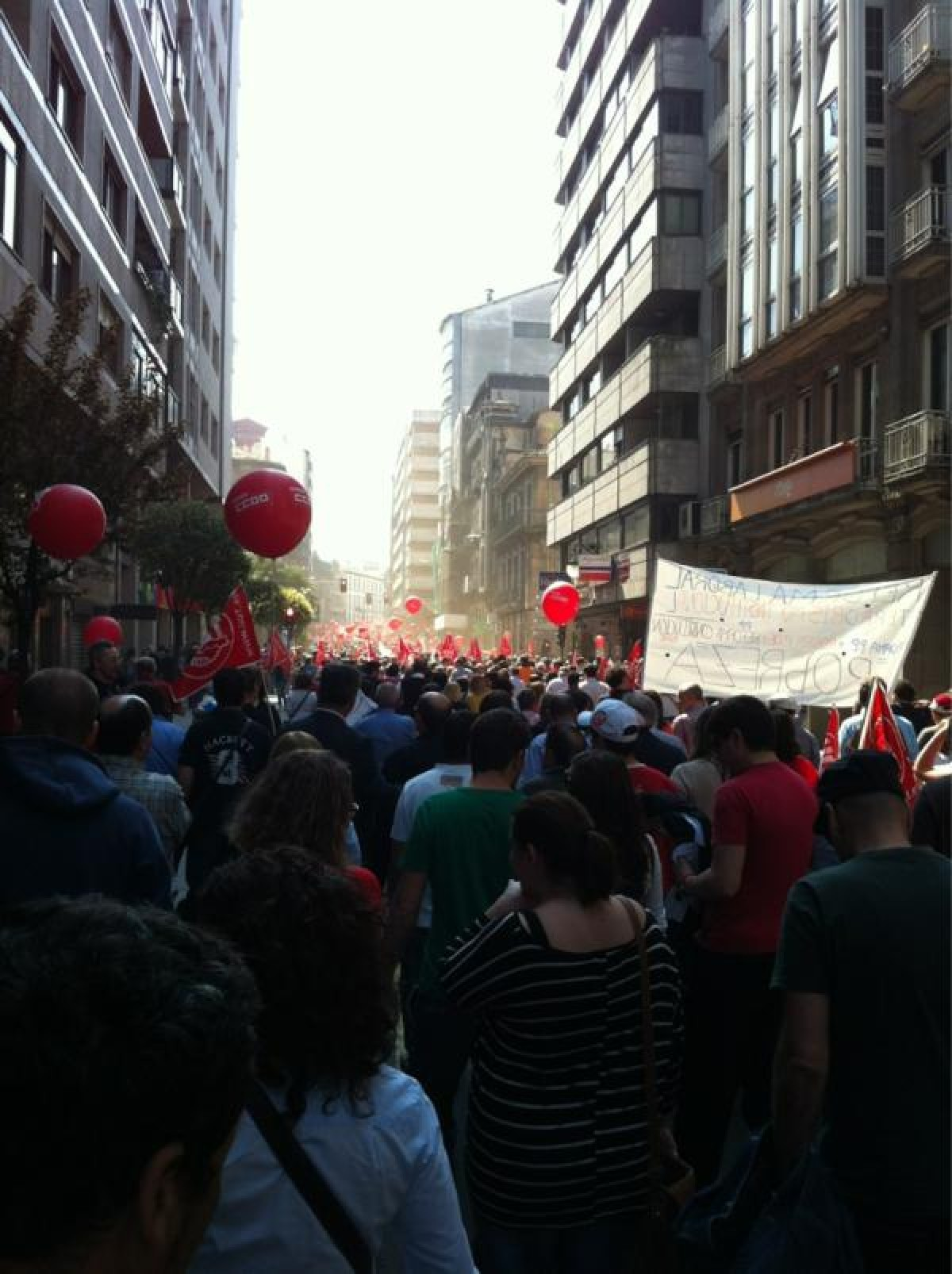 A manifestación de CC.OO. e UGT en Ourense