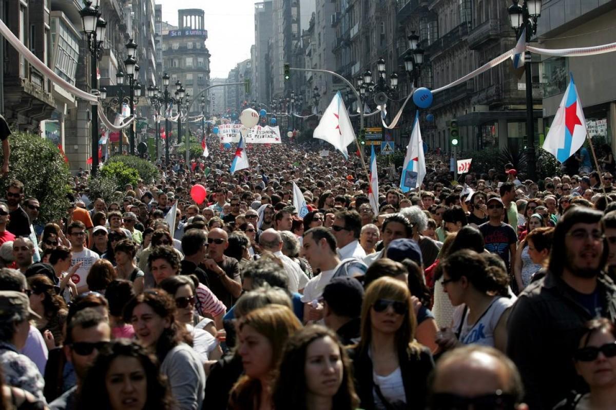 Manifestación polas rúas de Vigo