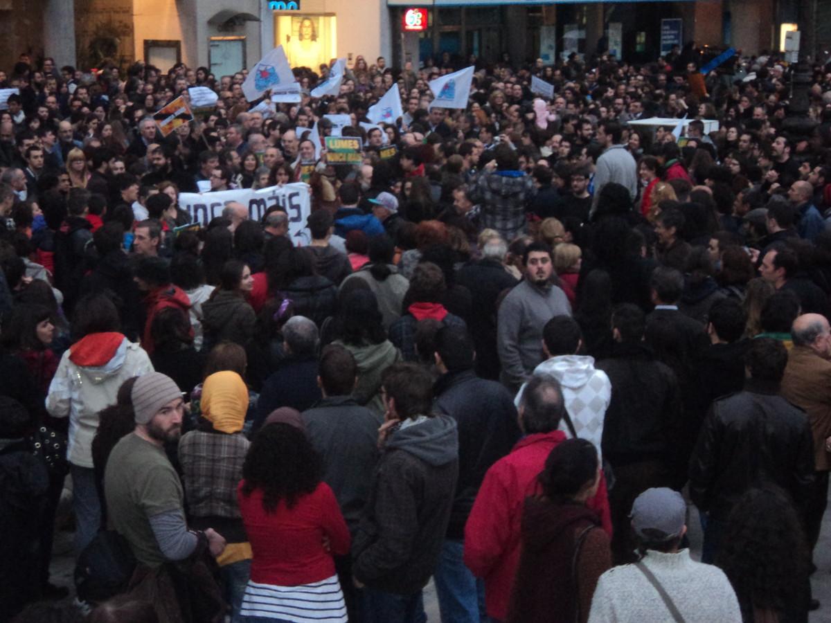 Na Coruña concentráronse ao redor de dúas mil persoas
