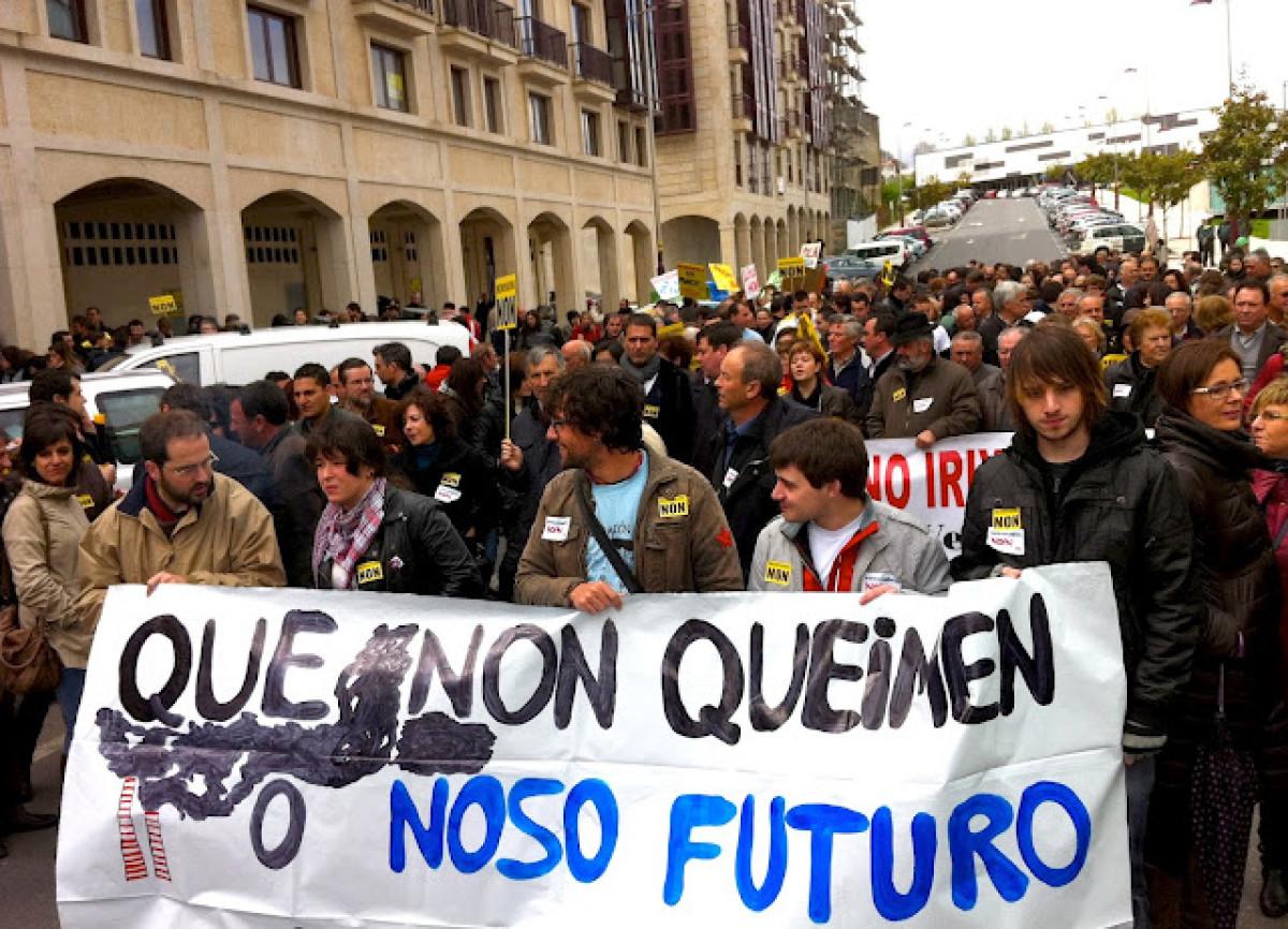 Manifestación contra a incineradora en Lalín