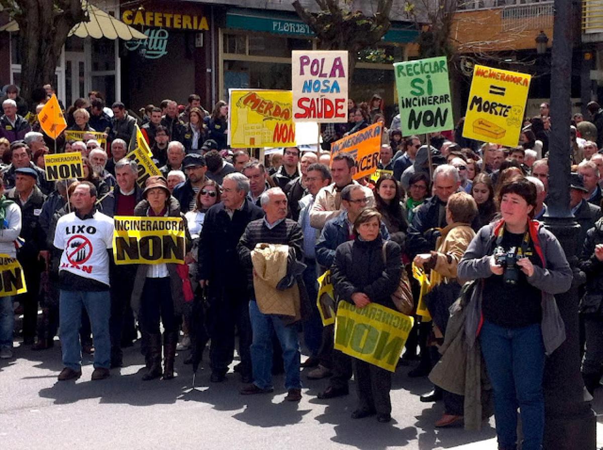 Manifestación contra a incineradora do Irixo