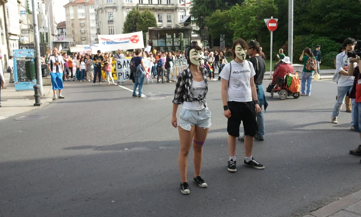Dous Anonymous en Santiago