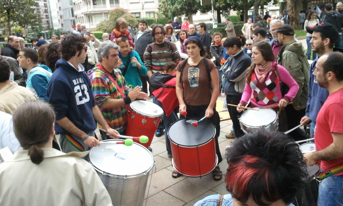 O Trópico de Grelos púxolle ritmo á manifestación