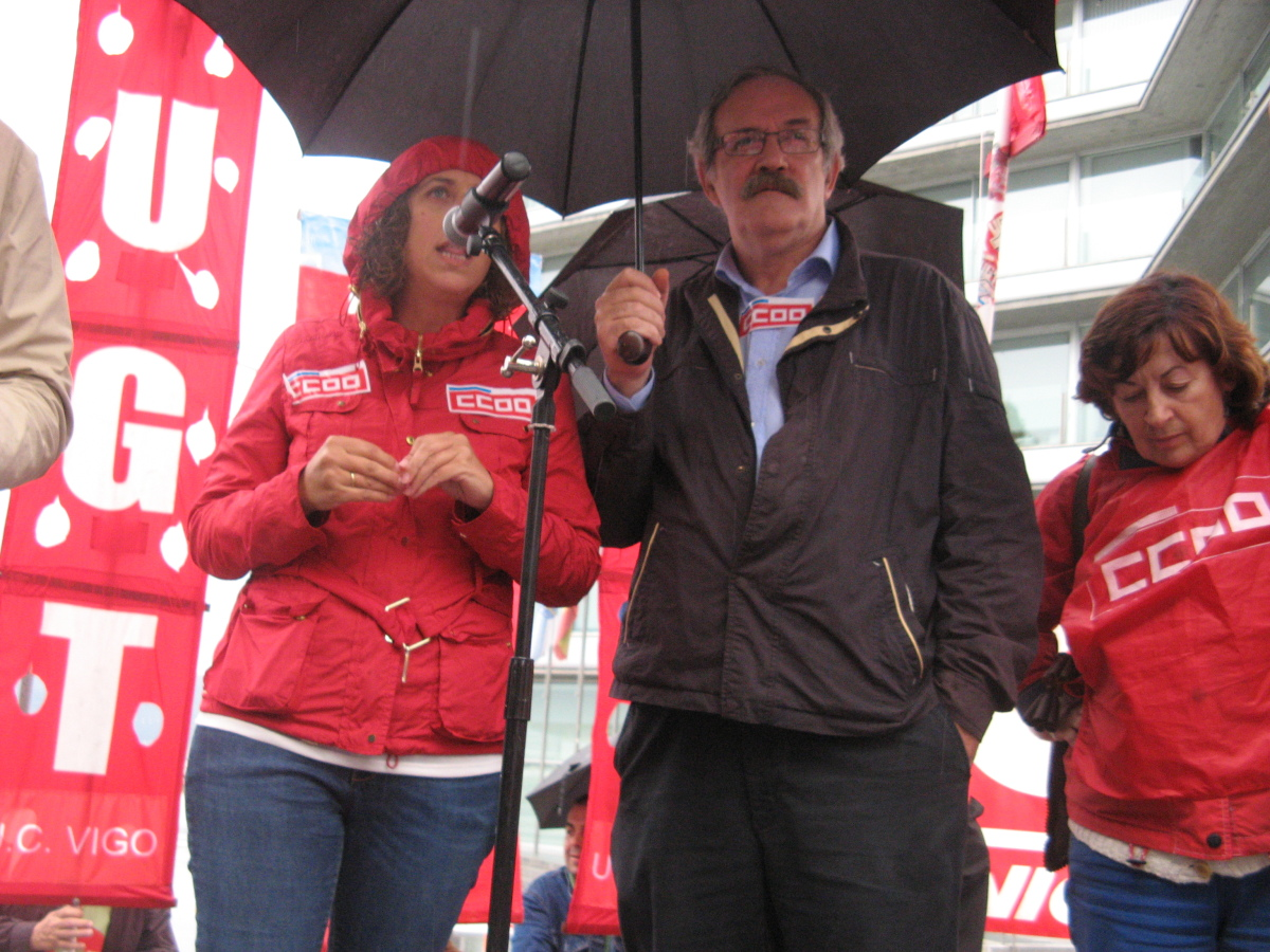 Manifestación de CCOO e UGT en Vigo