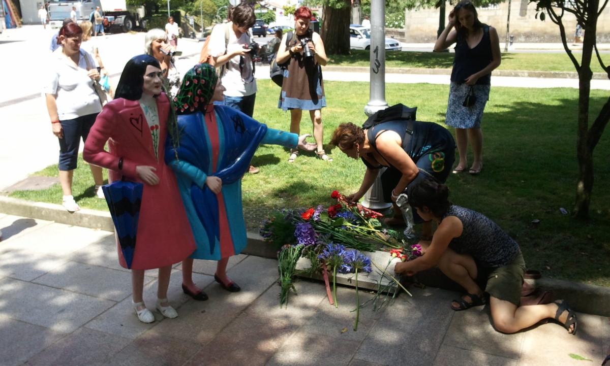 Flores ao pé das Marías, na homenaxe que recibiron en 2012