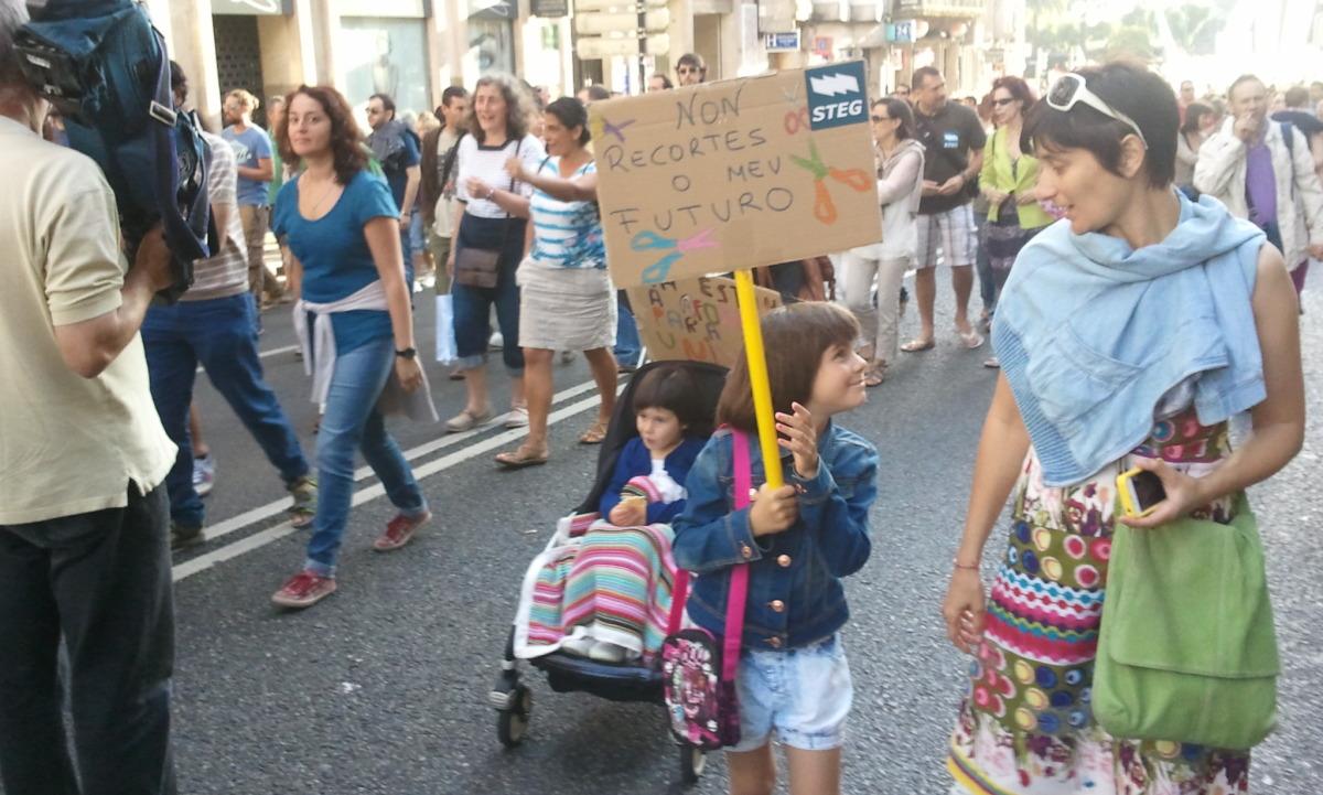 Diversidade de idades na marcha de Santiago