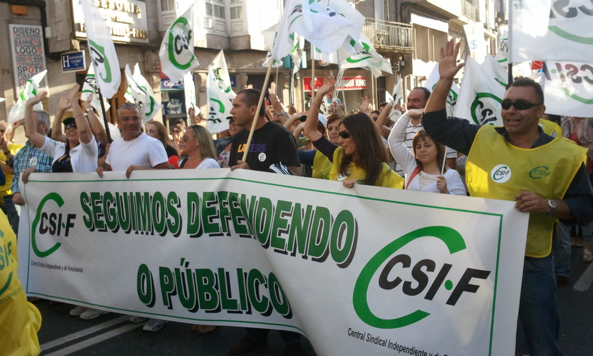 Comitiva de CSI-F en Santiago