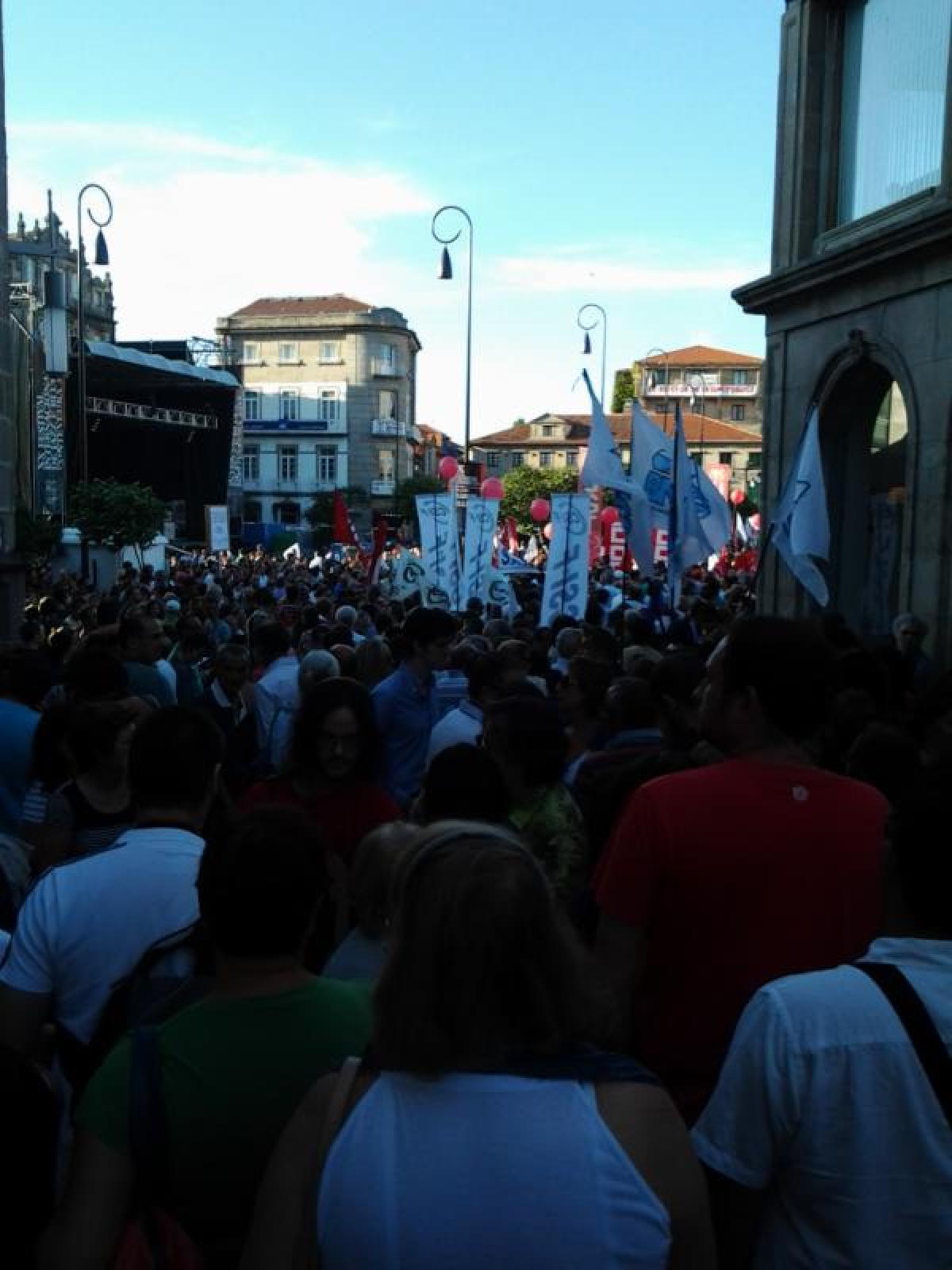Vista da manifestación en Pontevedra