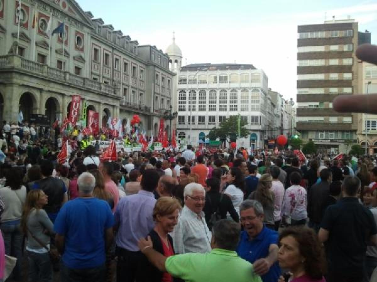 Remate da manifestación en Ferrol, na Praza de Armas