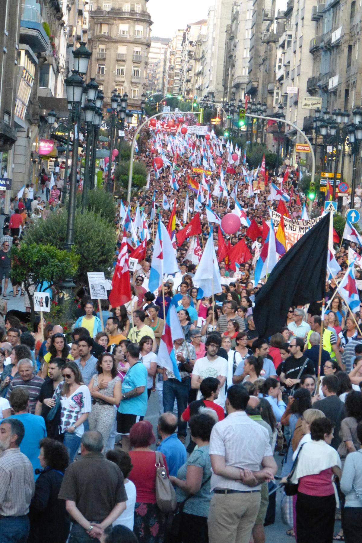 Vista da manifestación en Vigo