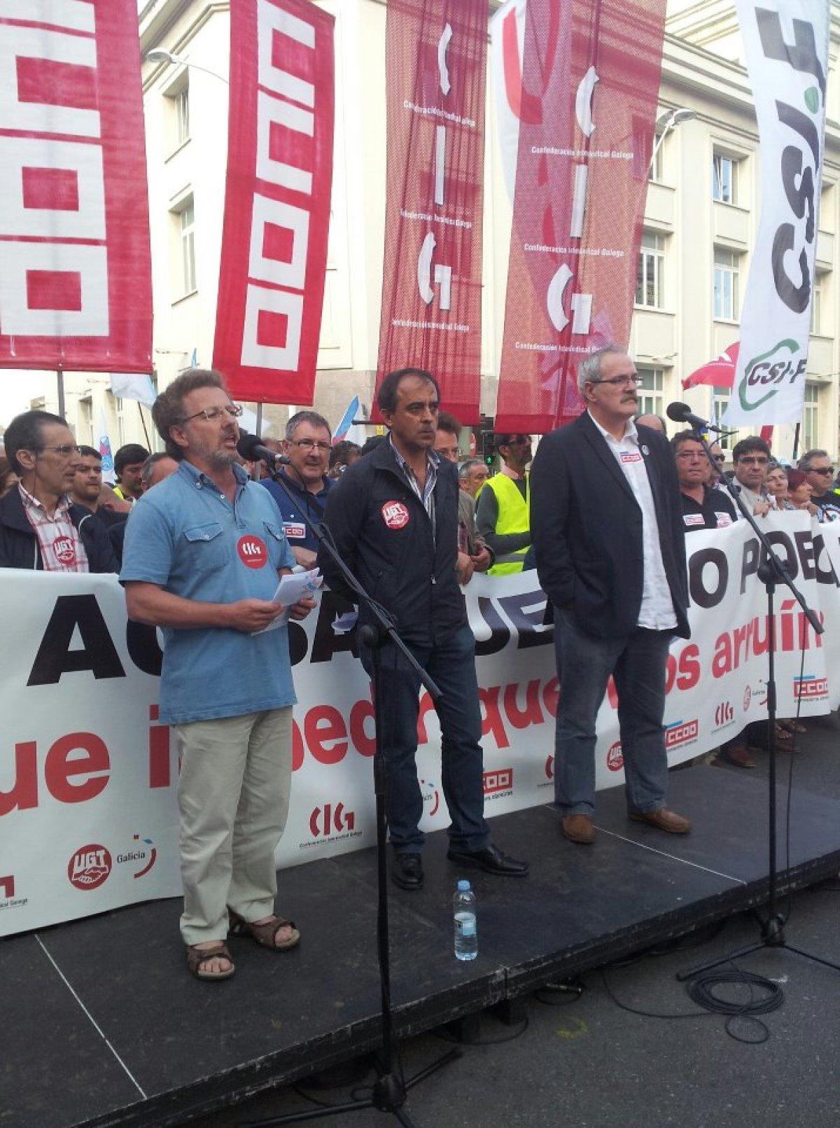 Os tres líderes sindicais, na Coruña