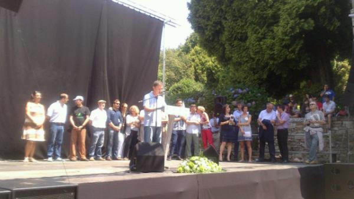Xoán Bascuas intervén no acto de CxG