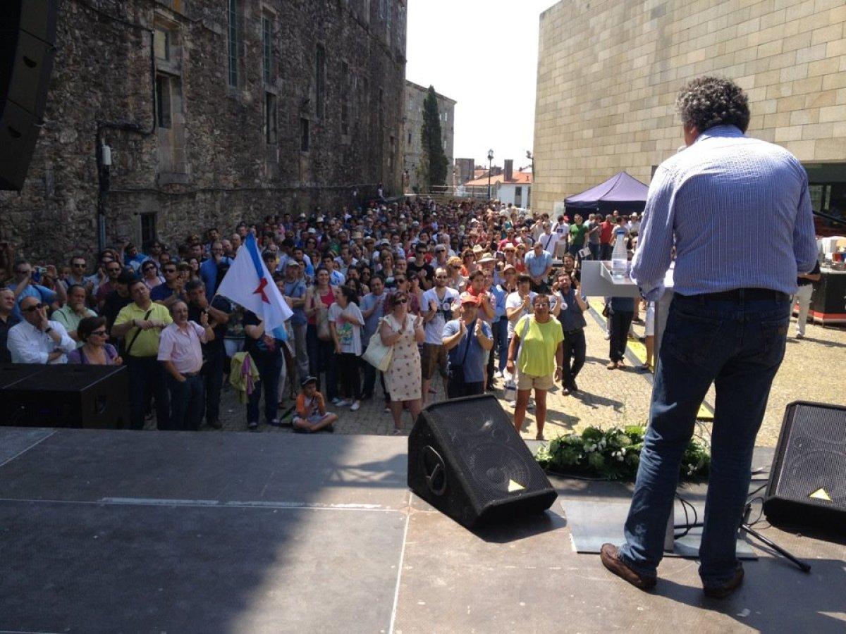 Público durante a intervención de Pérez Bouza