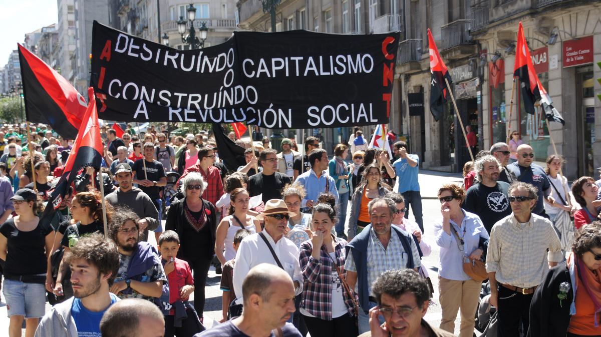 Faixa da CNT en Vigo