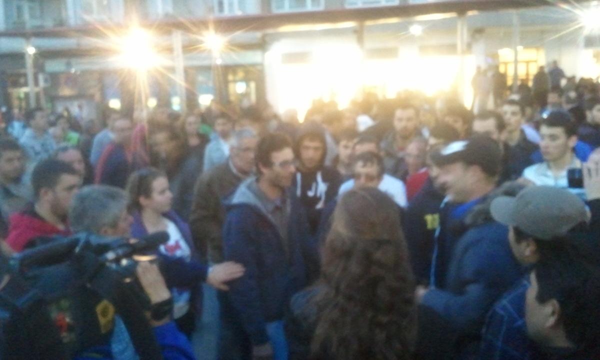 Os mariñeiros reciben a un dos detidos