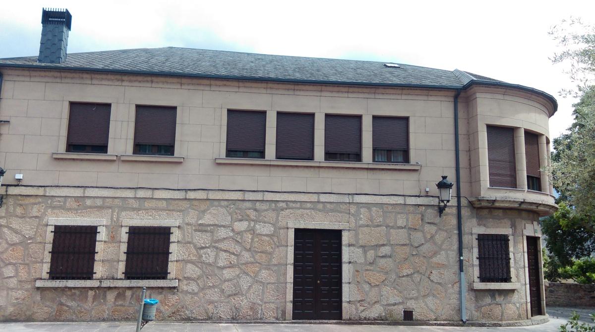 Casa parroquial de Fontei (A Rúa) na que os veciños votarán este domingo