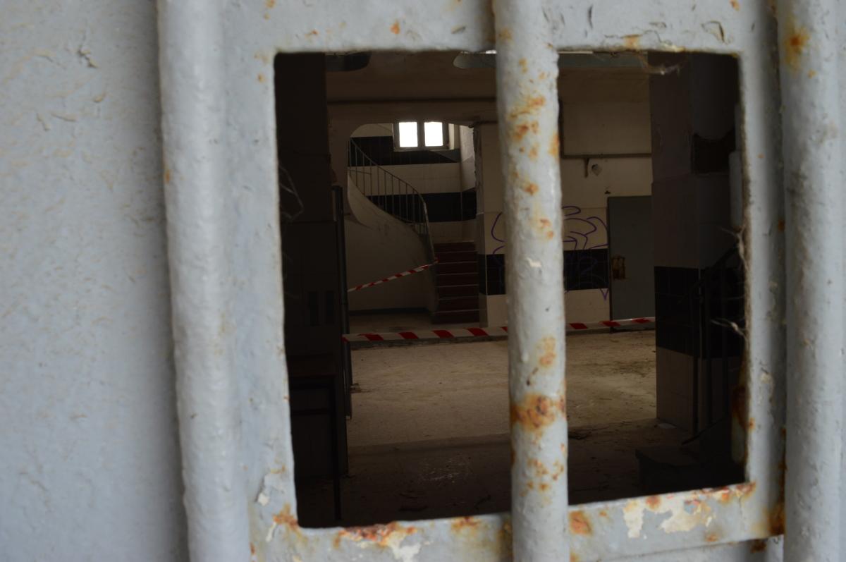 O interior do cárcere, visto dende o patio