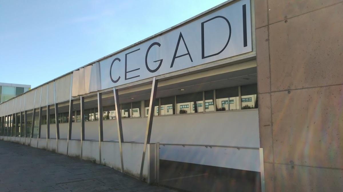 Acceso traseiro do CEGADI