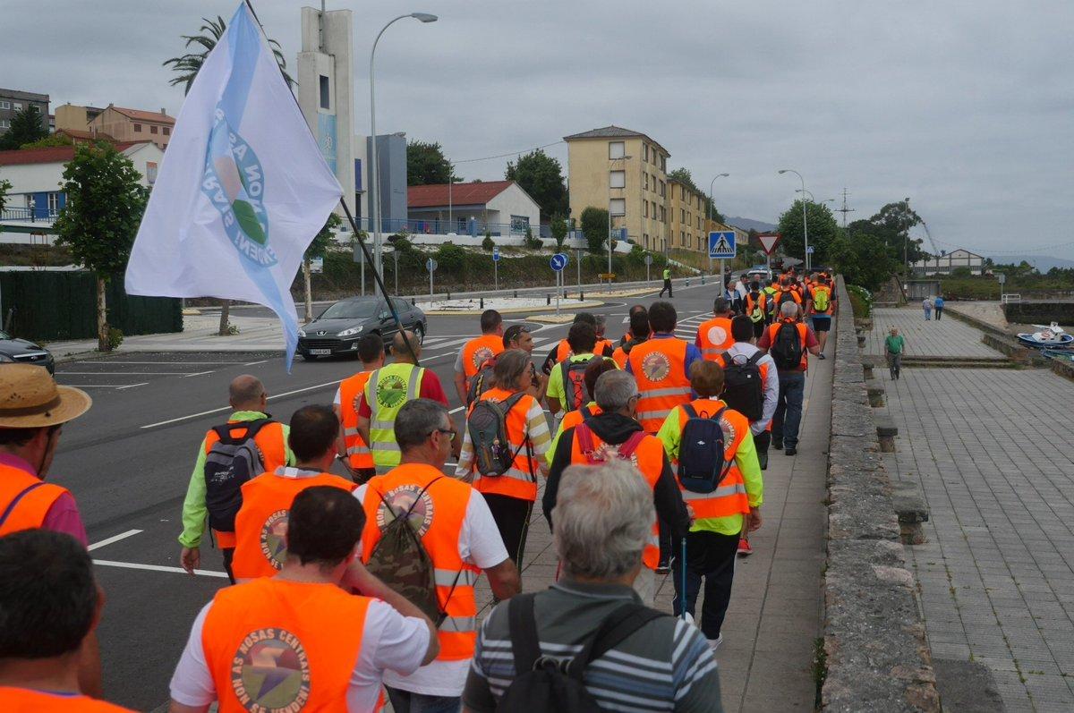 Comezo da marcha do persoal de Ferroatlántica, este mércores en Cee