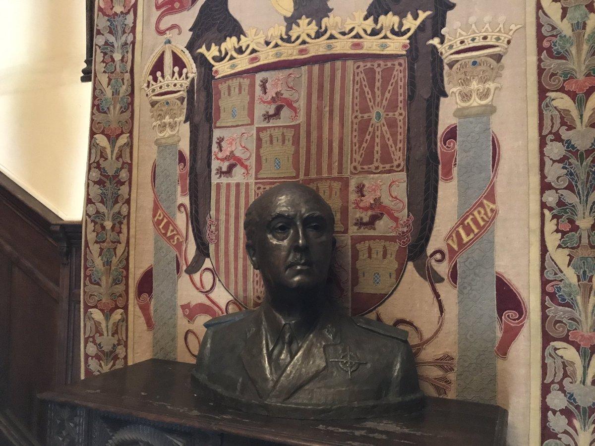 Busto de Franco no Pazo de Meirás