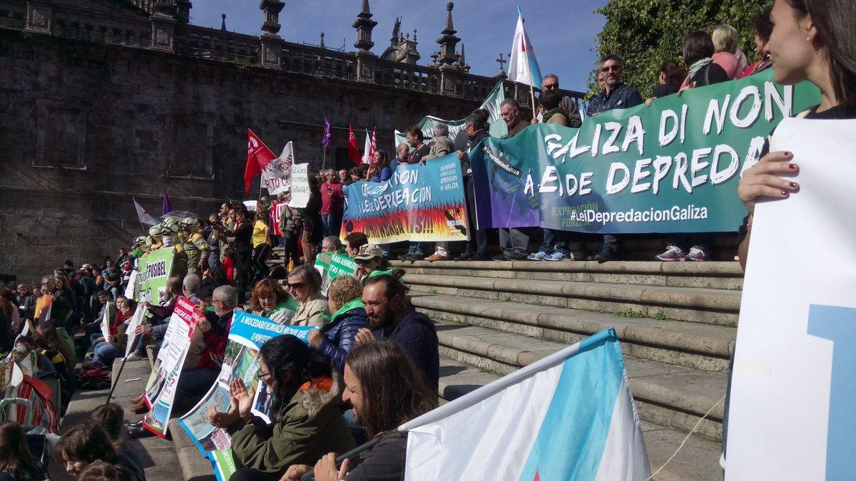 A manifestación uniu o berro de varias problemáticas ambientais